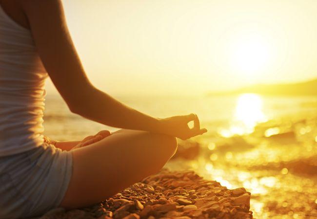 Hvordan at de-stress med yoga